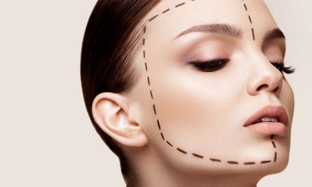La chirurgia estetica e il boom della finta bellezza