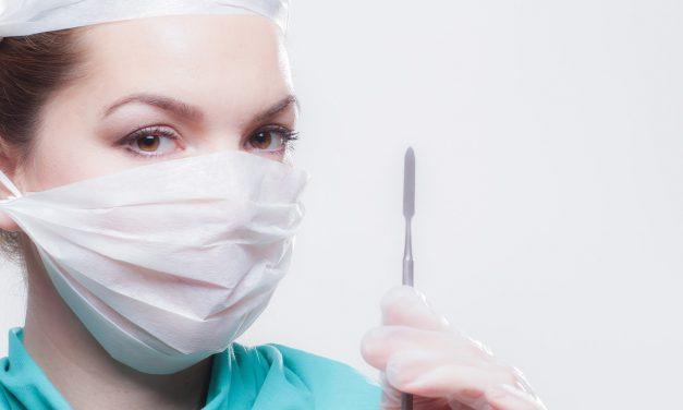 Pixie Fox – Quando la chirurgia diventa esagerazione!