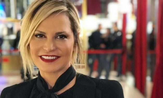 Simona Ventura – stop chirurgia estetica